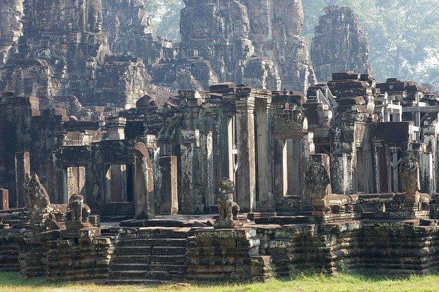 angkor-wat-bayon